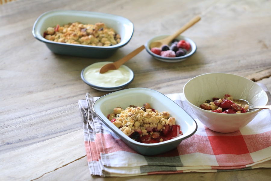 Mixed Berry & Apple Crunch Crumble